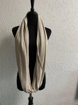 Sciarpa lavorata a maglia beige