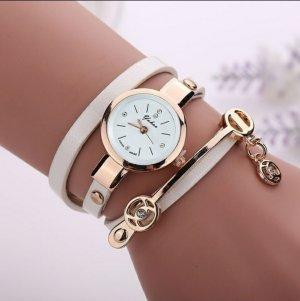 Zegarek ze skórzanym paskiem biały-złoto