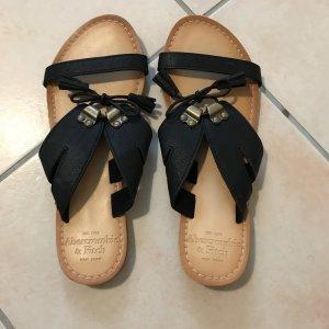 Abercrombie & Fitch Sandalo con cinturino nero-beige