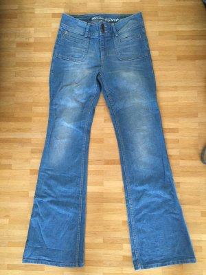 Wie neu: Bell Bottom Jeans, Schlagjeans