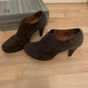 Görtz Shoes Aanrijg Pumps donkerbruin