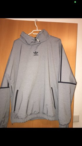Adidas Windbreaker grey