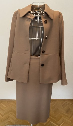 Windsor Ladies' Suit beige
