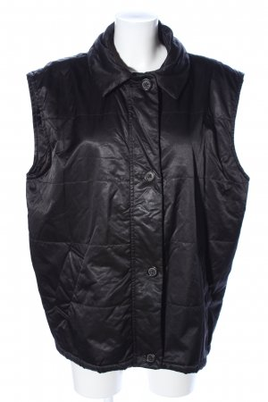 Windsor Quilted Gilet black quilting pattern casual look
