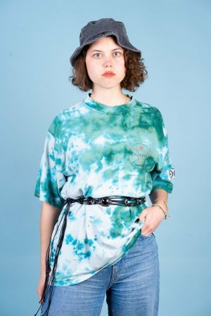 Windsurfing Oversized Batik T-Shirt in XL