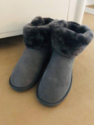 Winter Booties Grau