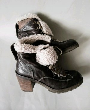 Manas Fur Boots dark brown-cream