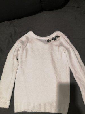 Winter Pullover mit Bestickung