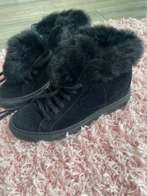 Winter Sneaker mit Keilabsatz und Fell