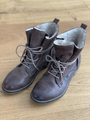 Botas de nieve marrón grisáceo