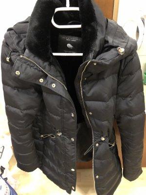 Zara Płaszcz puchowy ciemnozielony