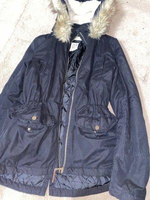 H&M Kurtka zimowa czarny-w kolorze białej wełny