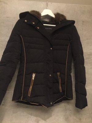 Winterjacke Daunen von Zara