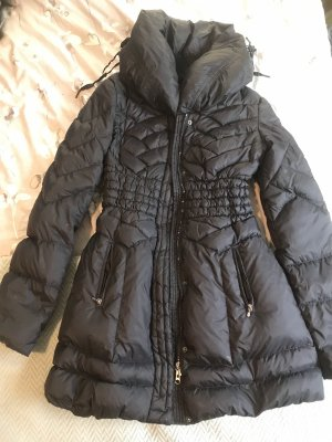 Guess Down Coat black