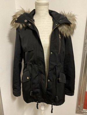 Winterjacke mit Fellkapuze Zara