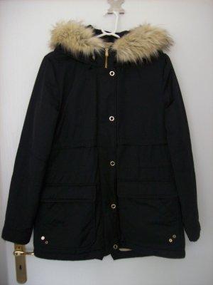 Winterjacke schwarz von Zara