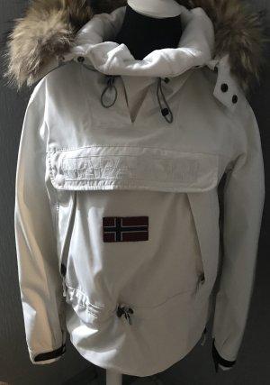 Winterjacke von Napapijri, Gr. L,abnehmbarer Fellkranz an der Kapuze...Achtung Maße beachten fällt kleiner aus, eher 38