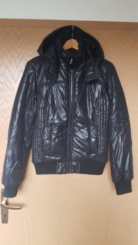 Winterjacke von sublevel in M schwarz
