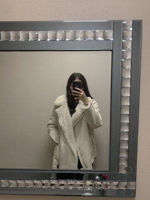 Zara Woman Kurtka ze sztucznym futrem w kolorze białej wełny-beżowy