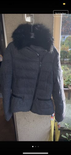 Winterjacke Zara, Größe M, grau