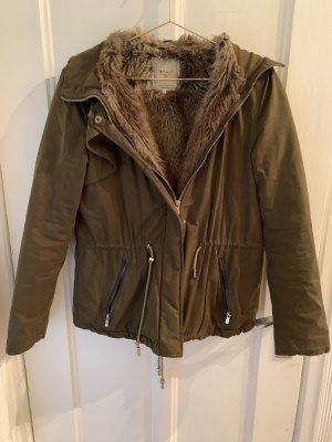 Winterkälte Khaki Zara