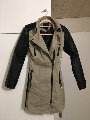 Amisu Abrigo de invierno negro-beige claro tejido mezclado