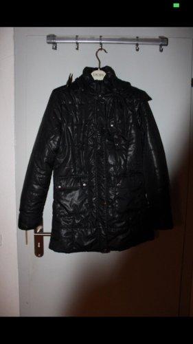 Płaszcz puchowy czarny