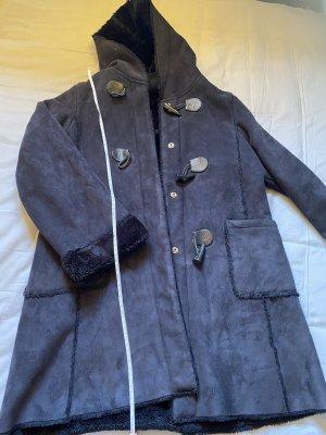 Płaszcz z kapturem czarny