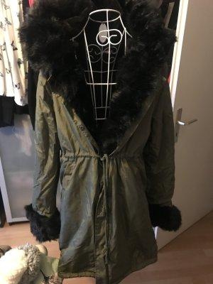 Wintermantel mit Fell und Kapuze sehr warm XL