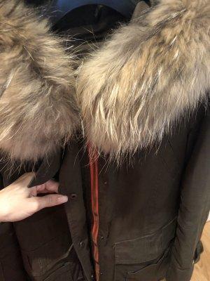 Wintermantel mit XXL Fellkragen