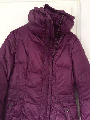 Wintermantel wattiert, ideal für die kalten Tage mit hohem Schalkragen