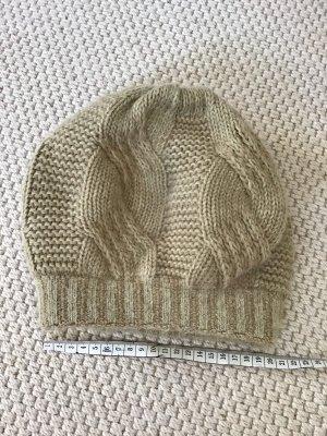 Crochet Cap oatmeal-beige