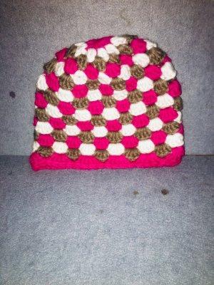 Chapeau en tissu multicolore