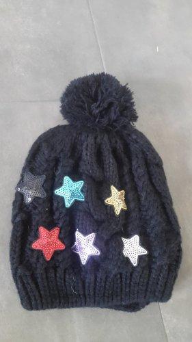 Wełniana czapka czarny-ciemnoczerwony