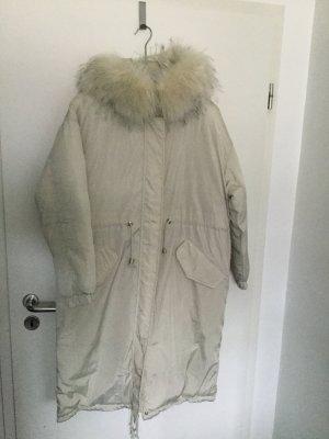 Abrigo acolchado blanco puro