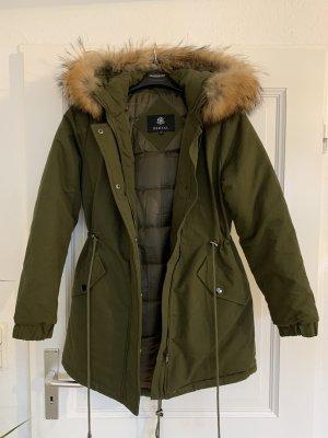 Futrzany płaszcz khaki