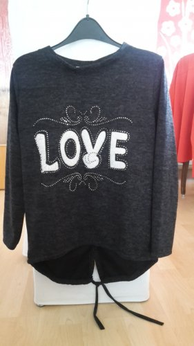 new collection Long Sweater black-natural white