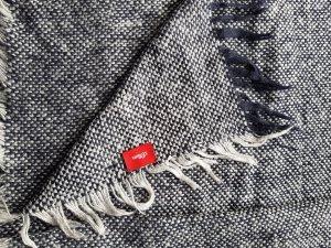s. Oliver (QS designed) Bufanda de lana blanco puro-azul oscuro