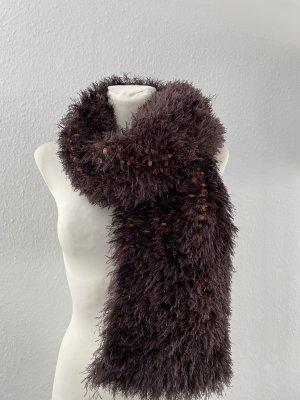 Sciarpa lavorata a maglia marrone-marrone scuro