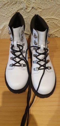 H&M Botas con cordones blanco-negro