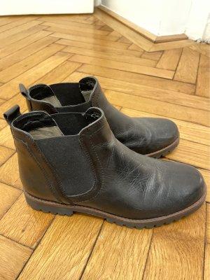 Caprice Slip-on Booties black