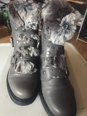 Cuplé Futrzane buty szary-czarny