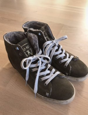 Witty Knitters High Top Sneaker
