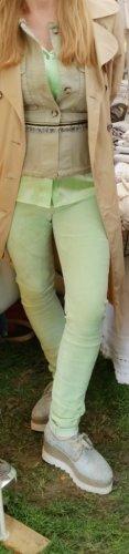 Witty Knitters - Lederhose lindgrün