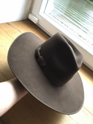 Lack of Color Cappello di lana marrone scuro