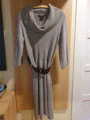 Vestito di lana beige