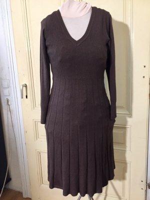 Woolen Dress taupe