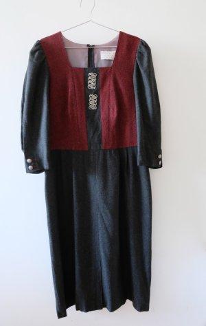 H.Moser Robe en laine gris anthracite-rouge