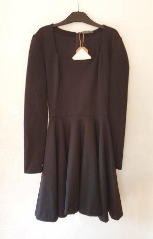 Alexander McQueen Wełniana sukienka czarny