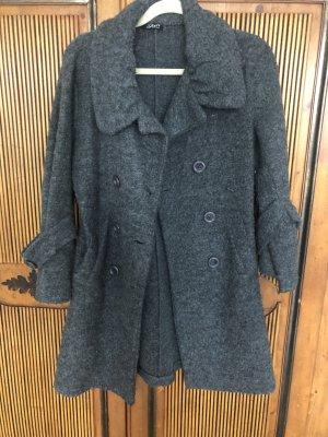 Wełniany płaszcz szary
